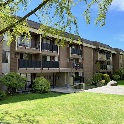 IMAGE: Starlight Investments has also purchased this 113-unit, wood-framed low-rise at 720 Queens Ave. in the Vancouver suburb of New Westminster. (Courtesy CBRE)