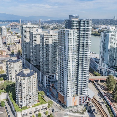 IMAGE: Starlight Investments has completed the forward purchase of Aqua at Plaza 88 (the tower at right). It is the final high-rise to be build at New Westminster's Plaza 88 development. (Courtesy rentaqua.com)